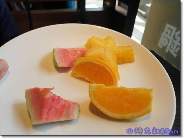 村民食堂水果